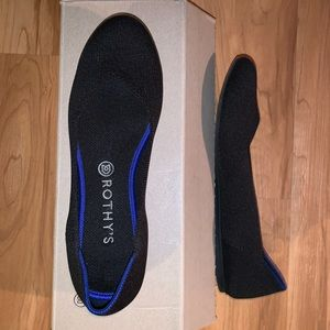 Rothy's black round toe flats